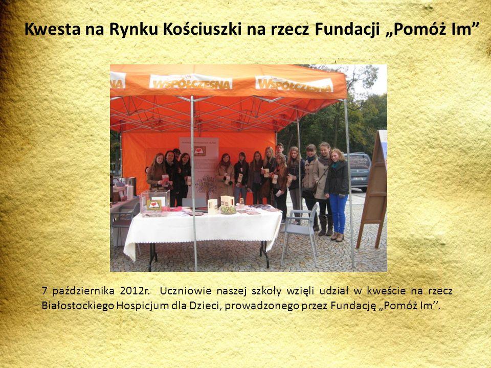 """Kwesta na Rynku Kościuszki na rzecz Fundacji """"Pomóż Im"""