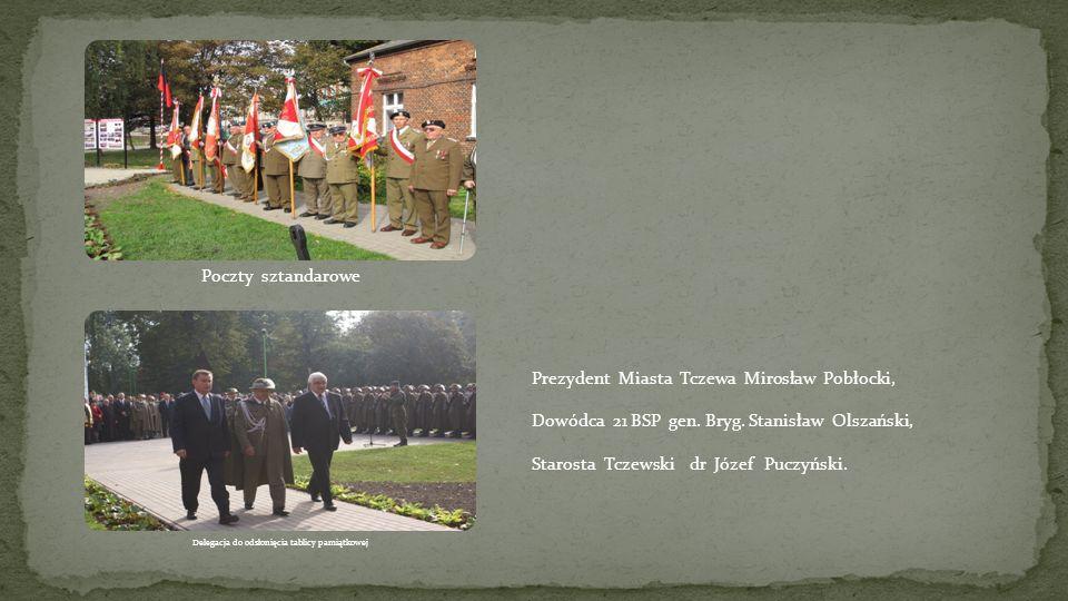 Delegacja do odsłonięcia tablicy pamiątkowej