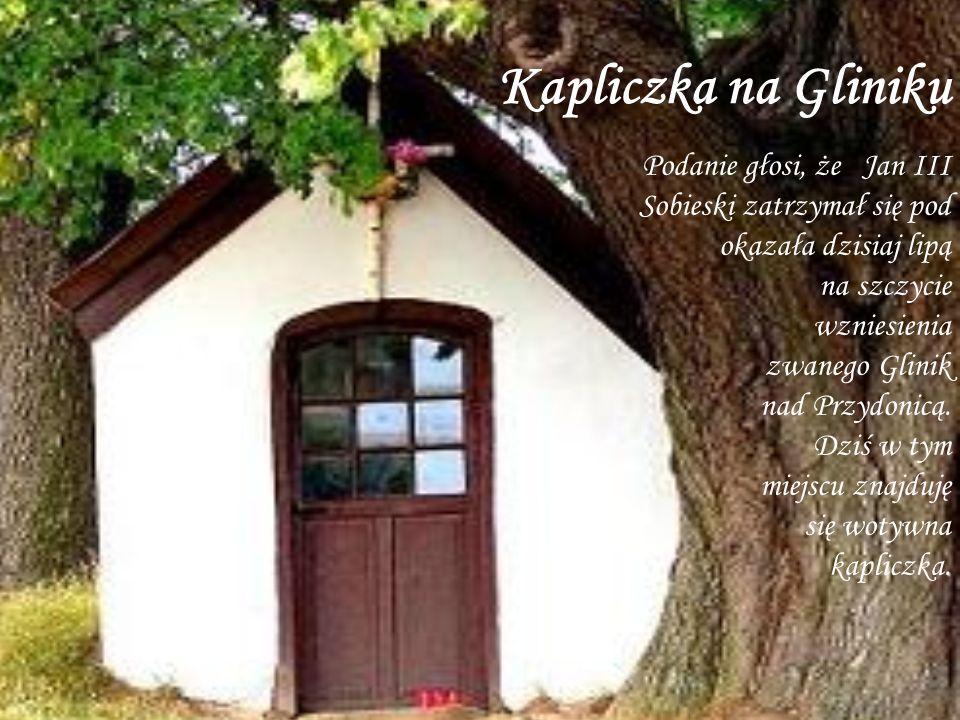 Kapliczka na Gliniku na szczycie wzniesienia zwanego Glinik