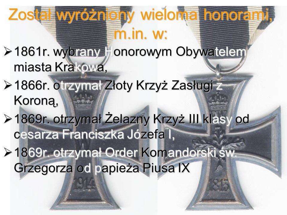 Został wyróżniony wieloma honorami, m.in. w:
