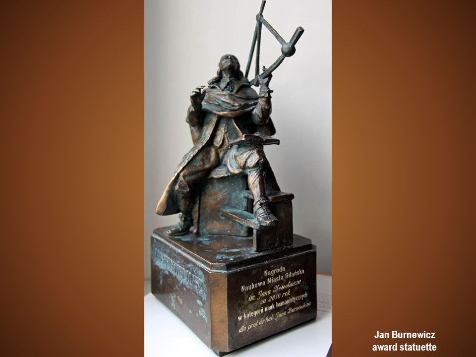 Jan Burnewicz award statuette