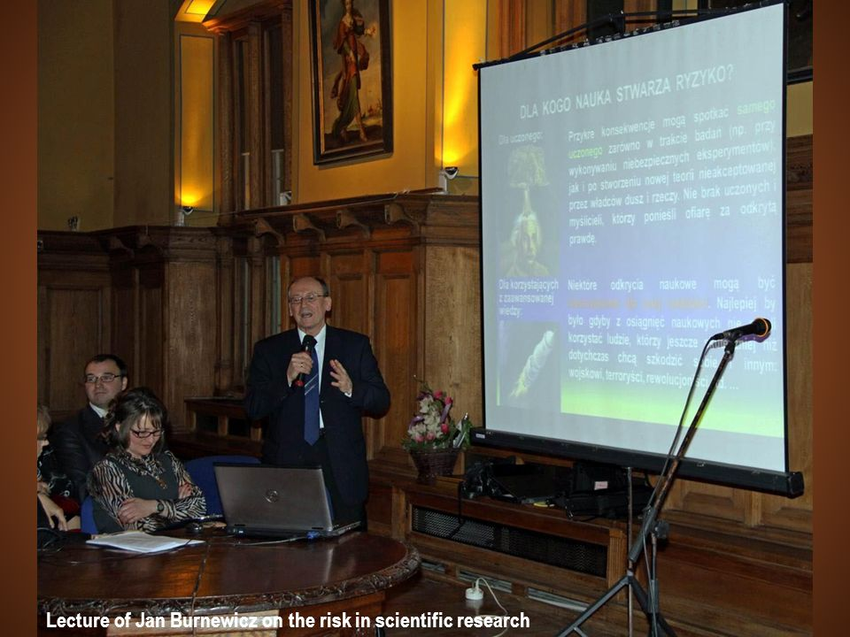 Lecture of Jan Burnewicz on the risk in scientific research