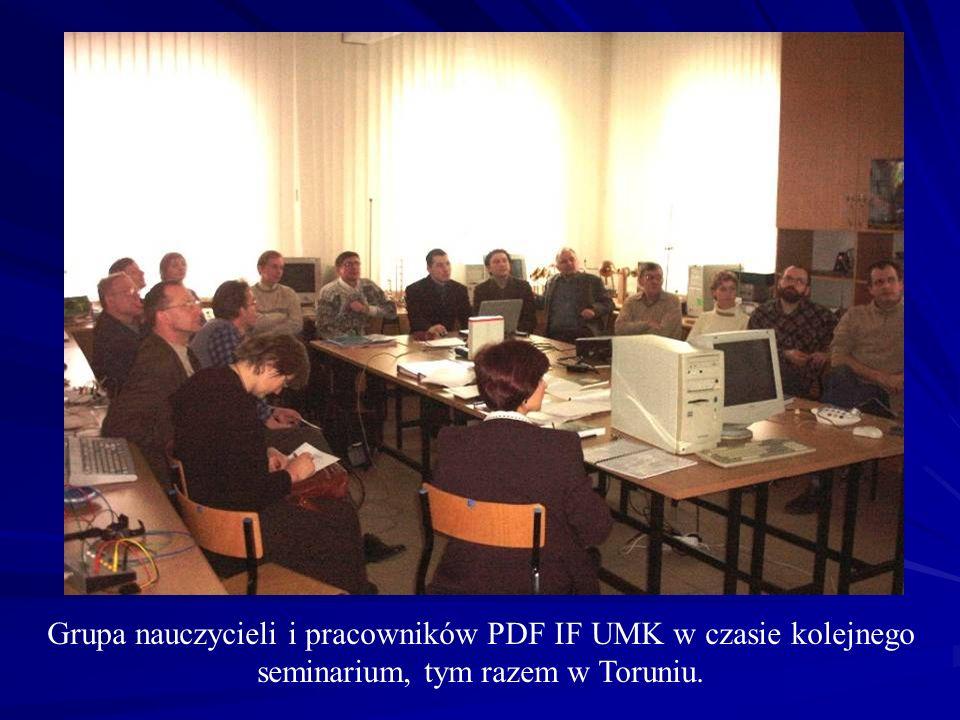 Grupa nauczycieli i pracowników PDF IF UMK w czasie kolejnego seminarium, tym razem w Toruniu.