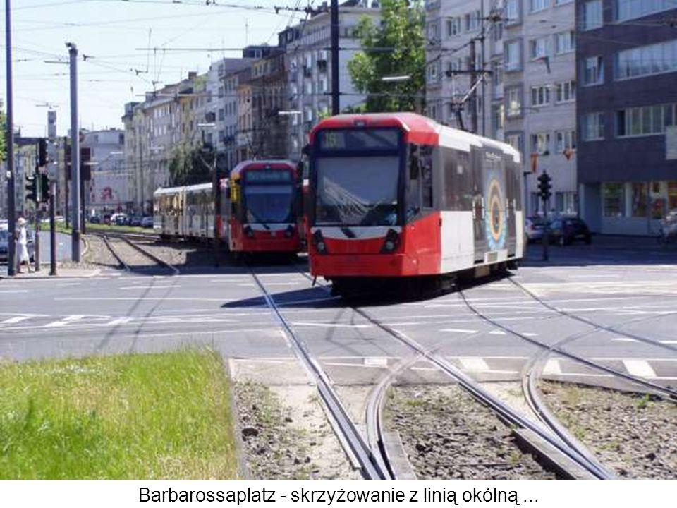 Barbarossaplatz - skrzyżowanie z linią okólną ...