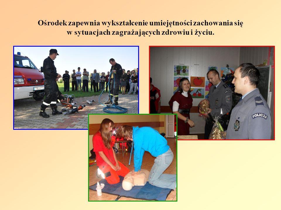 Ośrodek zapewnia wykształcenie umiejętności zachowania się w sytuacjach zagrażających zdrowiu i życiu.