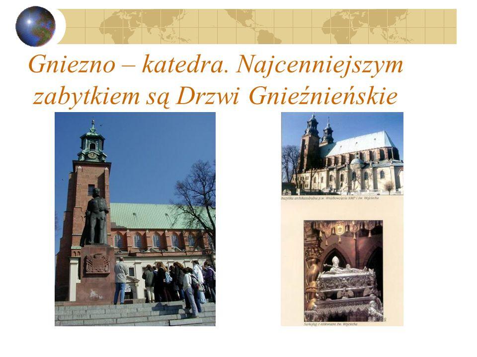 Gniezno – katedra. Najcenniejszym zabytkiem są Drzwi Gnieźnieńskie