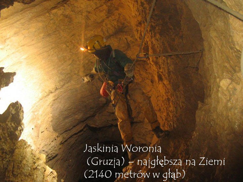 Jaskinia Woronia (Gruzja) – najgłębsza na Ziemi (2140 metrów w głąb)