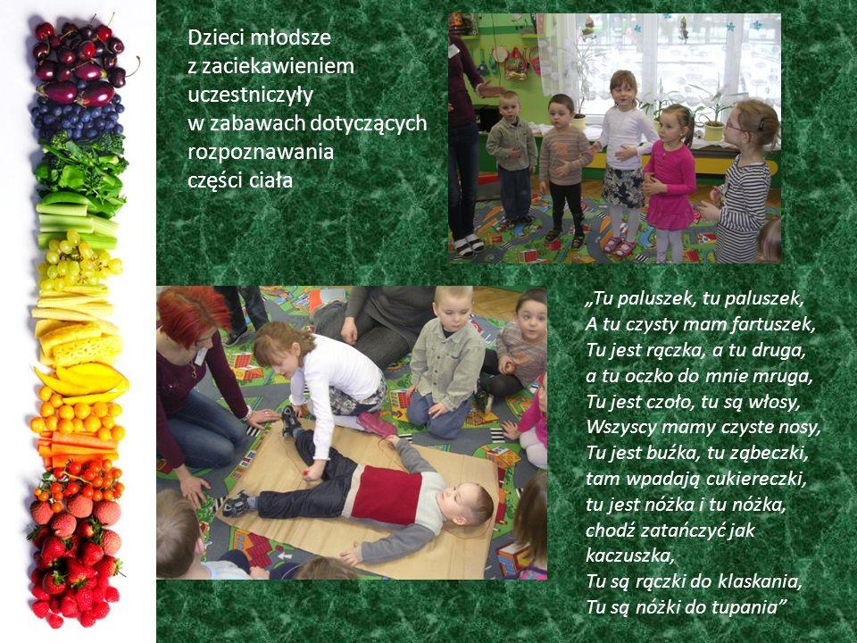 Dzieci młodsze z zaciekawieniem uczestniczyły w zabawach dotyczących rozpoznawania części ciała