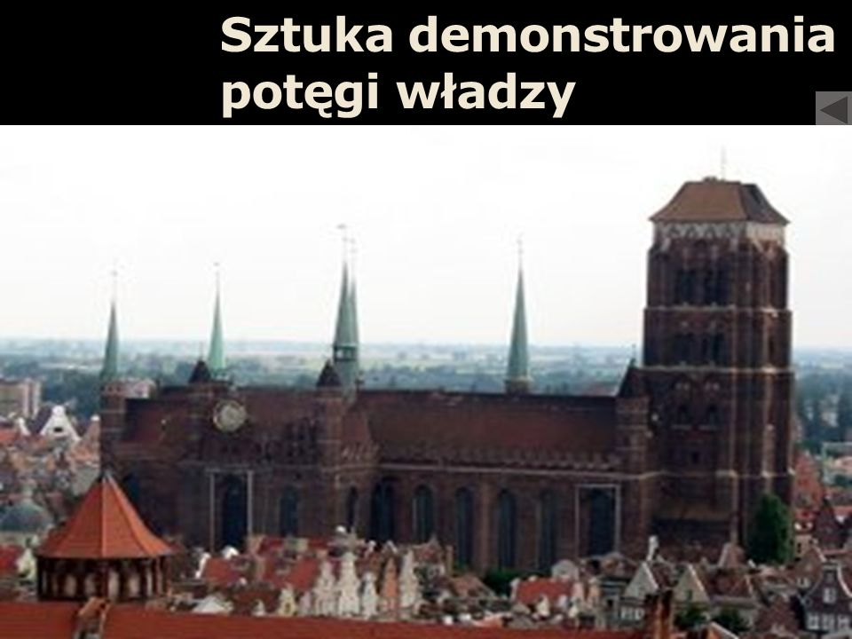 Monumentalne katedry z bogato iluminowanymi witrażami
