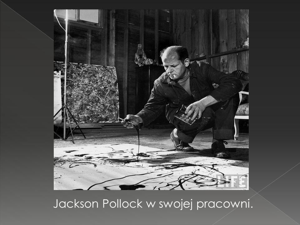 Jackson Pollock w swojej pracowni.
