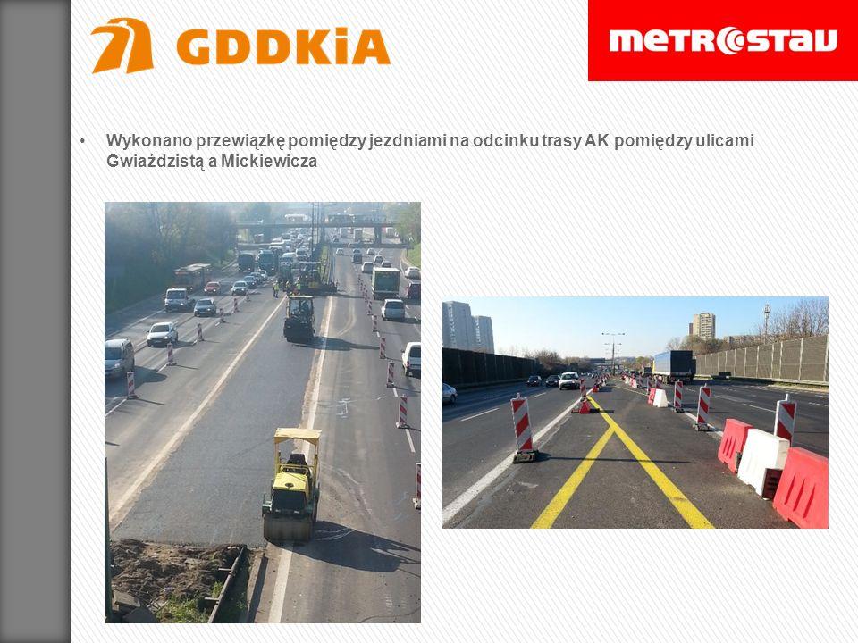 Wykonano przewiązkę pomiędzy jezdniami na odcinku trasy AK pomiędzy ulicami Gwiaździstą a Mickiewicza