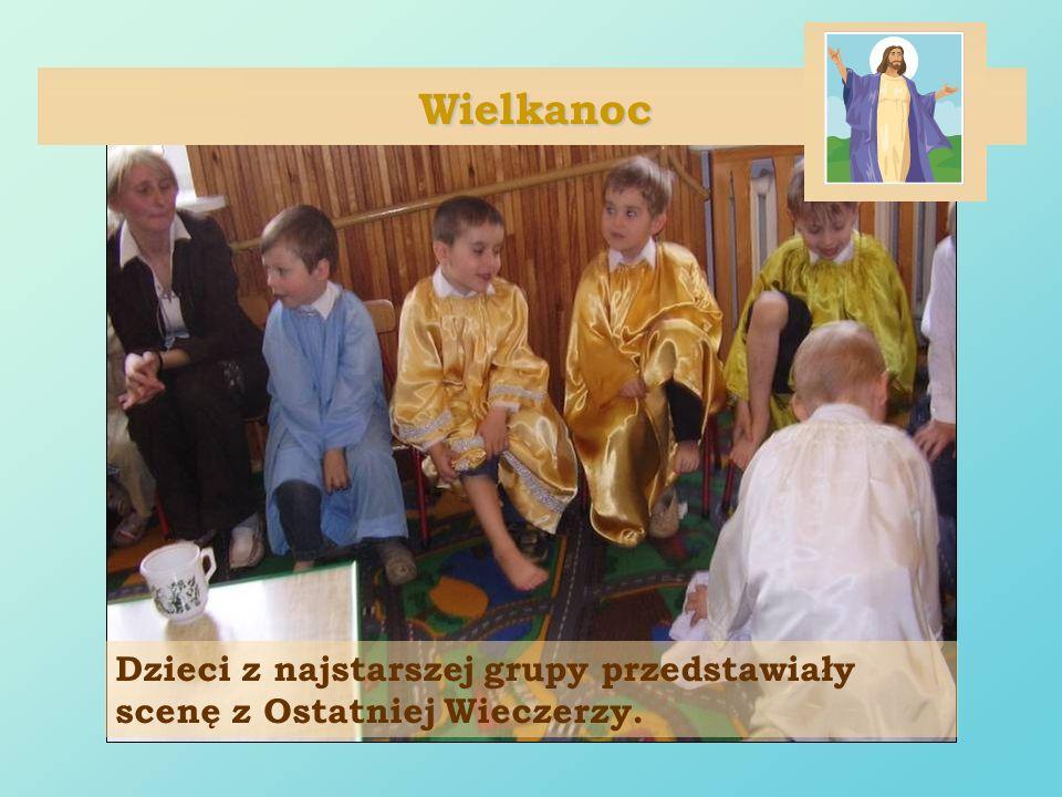 Wielkanoc Dzieci z najstarszej grupy przedstawiały scenę z Ostatniej Wieczerzy.
