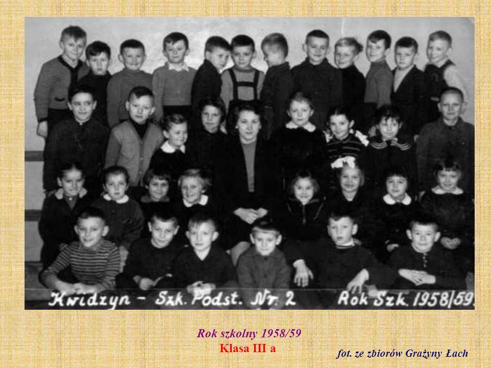 Rok szkolny 1958/59 Klasa III a fot. ze zbiorów Grażyny Łach