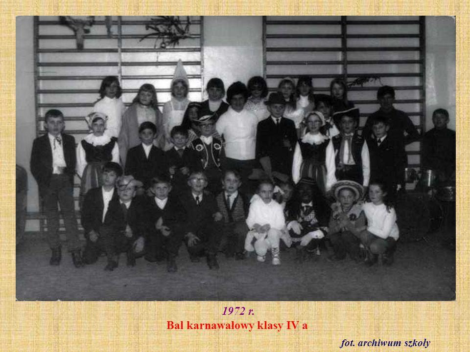 1972 r. Bal karnawałowy klasy IV a