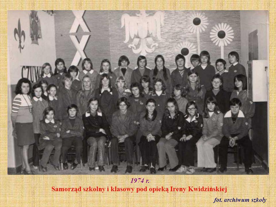 1974 r. Samorząd szkolny i klasowy pod opieką Ireny Kwidzińskiej