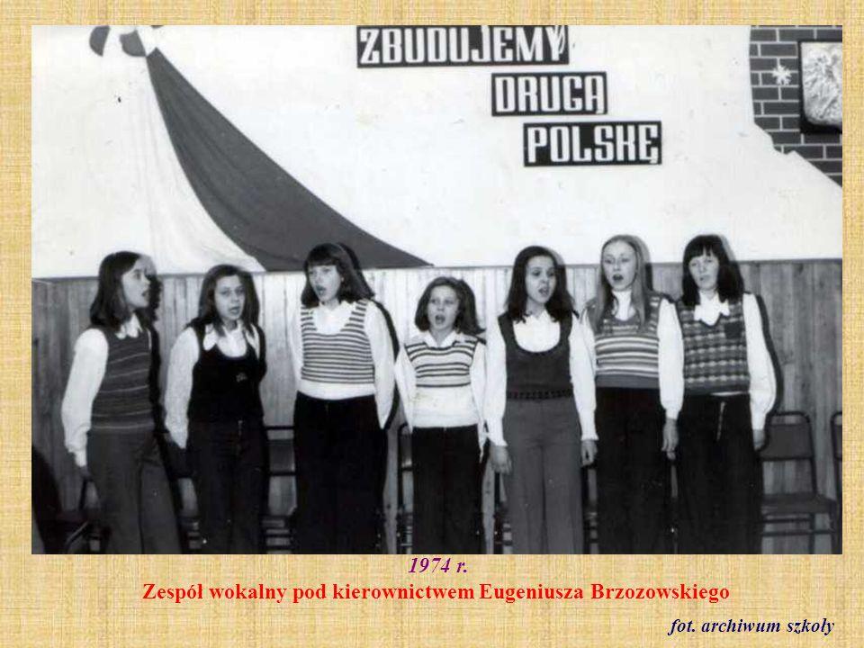 1974 r. Zespół wokalny pod kierownictwem Eugeniusza Brzozowskiego