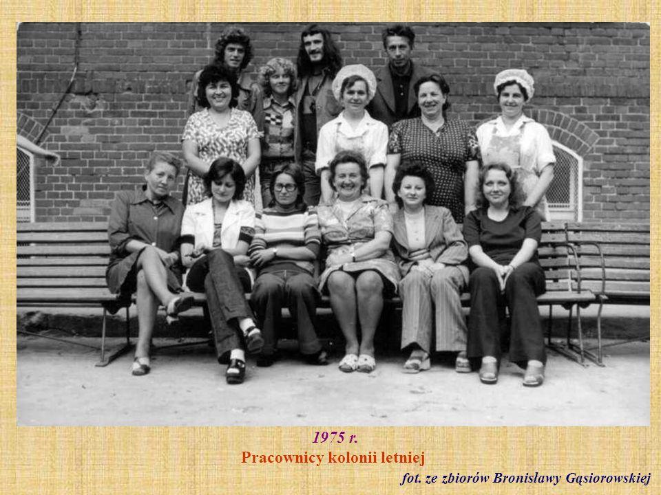 1975 r. Pracownicy kolonii letniej