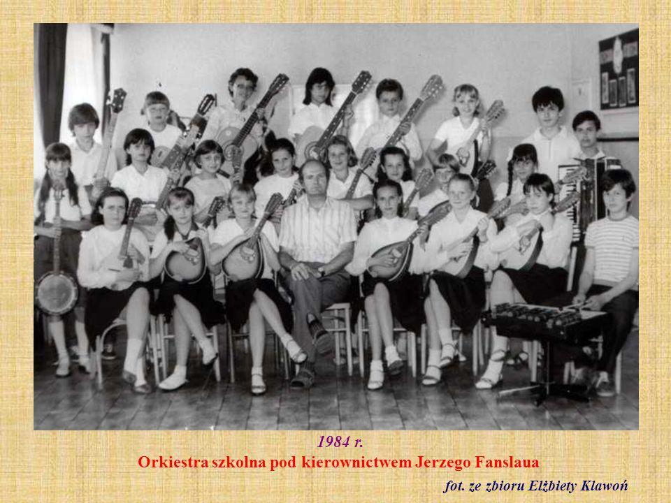 1984 r. Orkiestra szkolna pod kierownictwem Jerzego Fanslaua