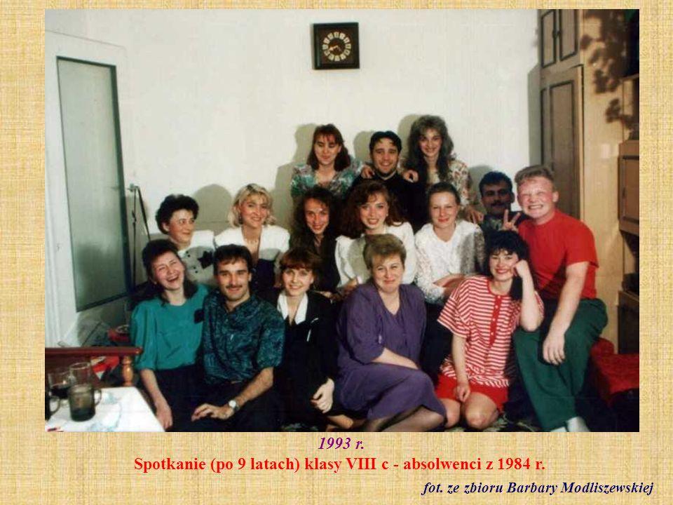 1993 r. Spotkanie (po 9 latach) klasy VIII c - absolwenci z 1984 r.