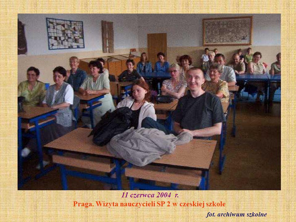 11 czerwca 2004 r. Praga. Wizyta nauczycieli SP 2 w czeskiej szkole