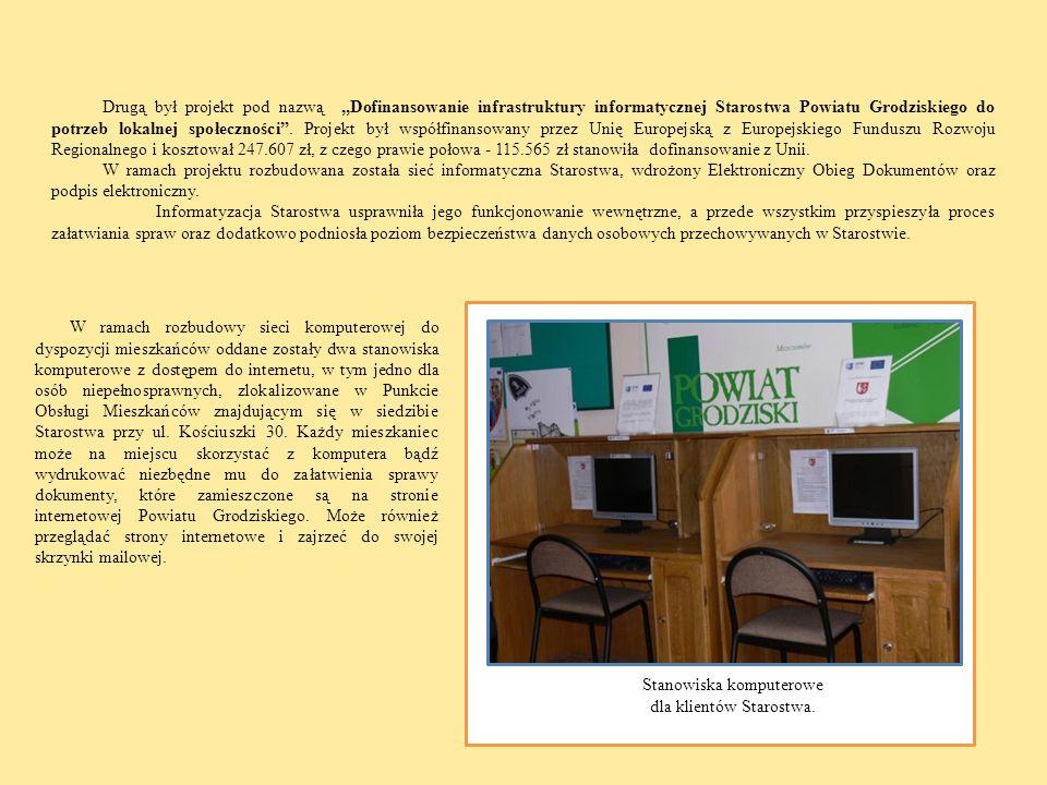 Stanowiska komputerowe dla klientów Starostwa.