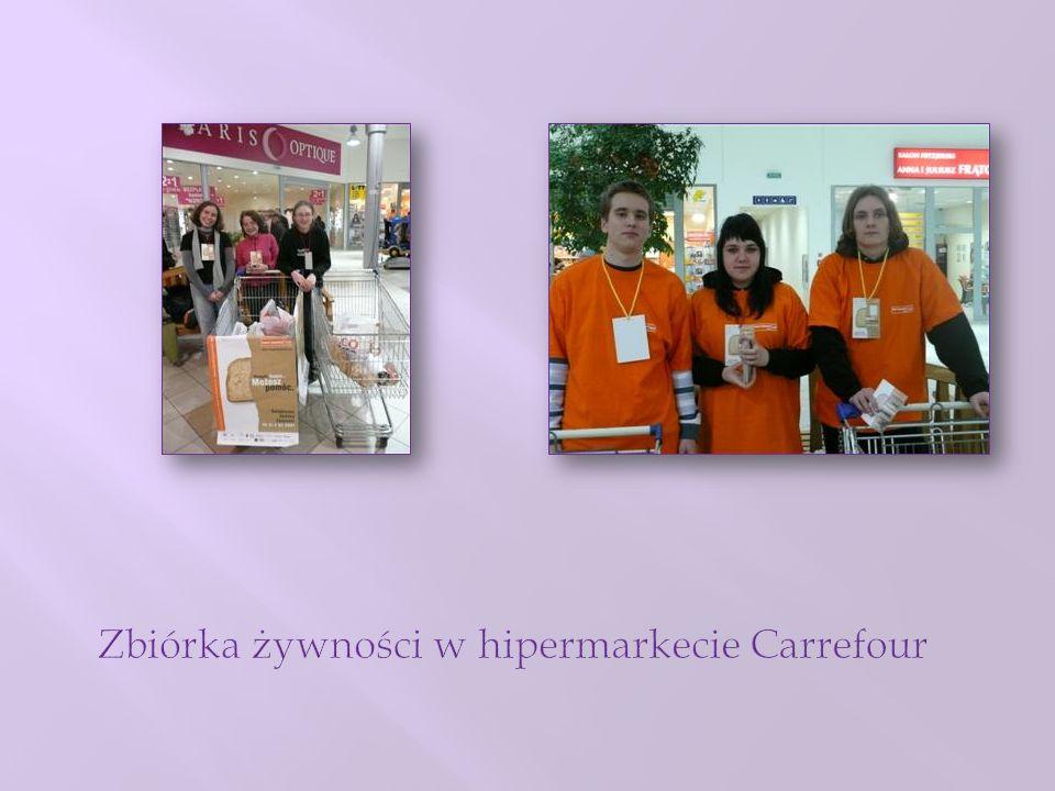 Zbiórka żywności w hipermarkecie Carrefour
