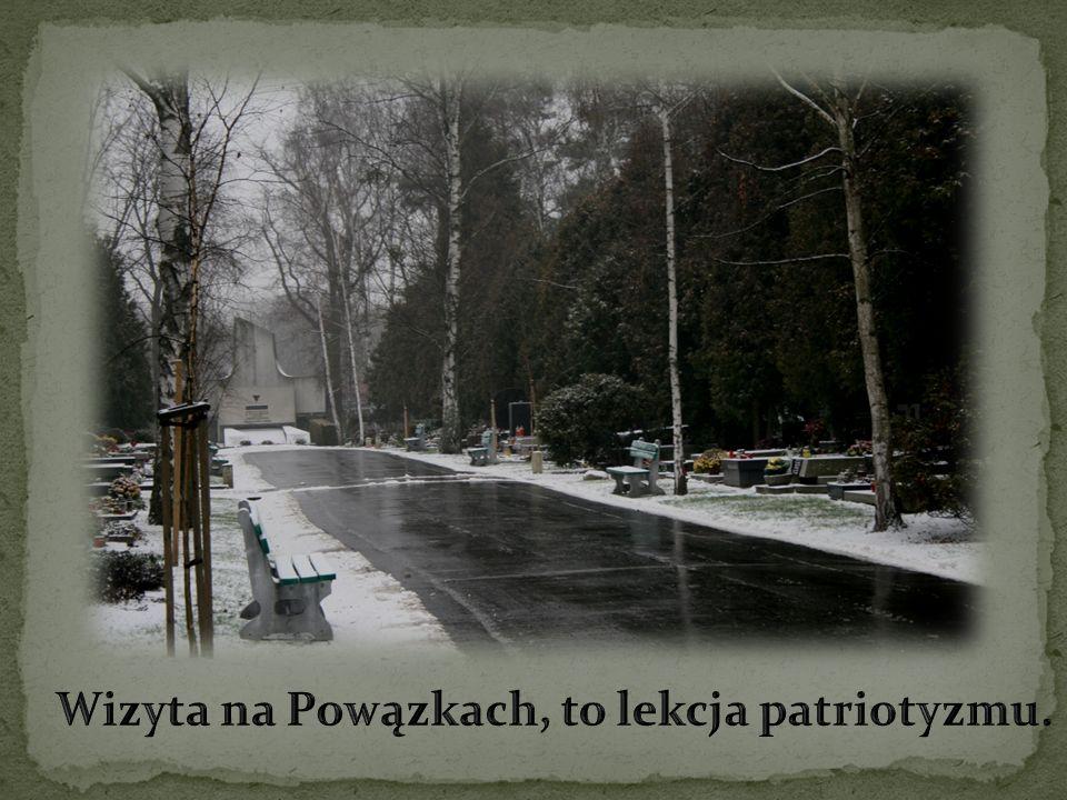 Wizyta na Powązkach, to lekcja patriotyzmu.