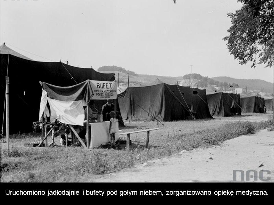 """""""Miasteczko namiotowe uczestników pierwszego Święta Morza w II RP."""
