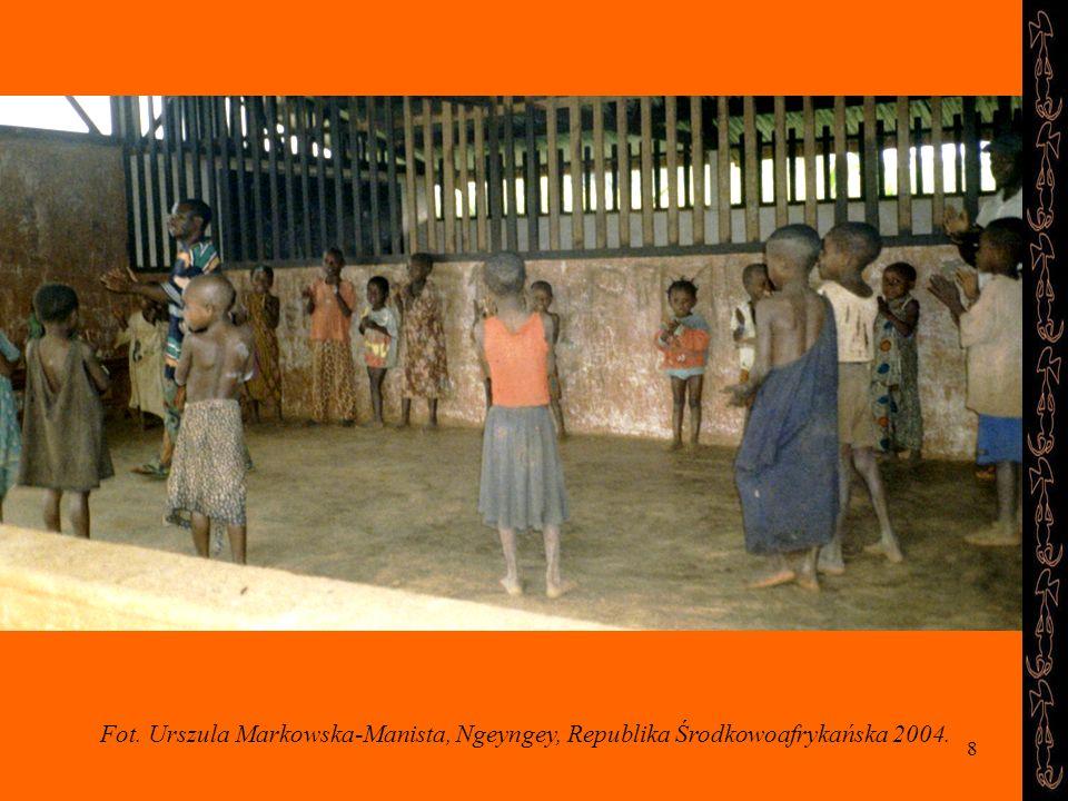 Fot. Urszula Markowska-Manista, Ngeyngey, Republika Środkowoafrykańska 2004.