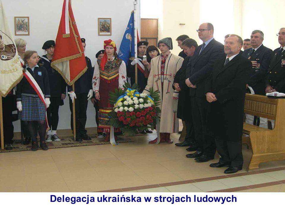 Delegacja ukraińska w strojach ludowych