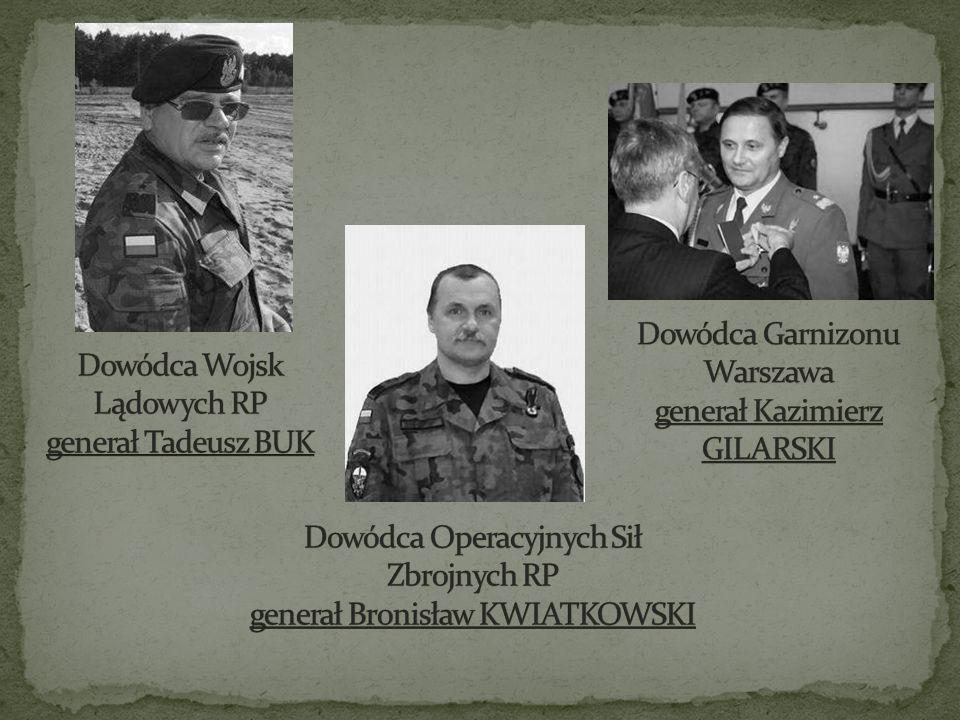 Dowódca Garnizonu Warszawa generał Kazimierz GILARSKI