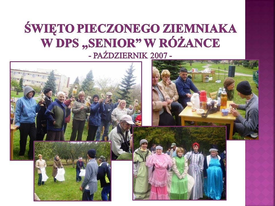 """Święto Pieczonego Ziemniaka w DPS """"Senior w Różance - październik 2007 -"""