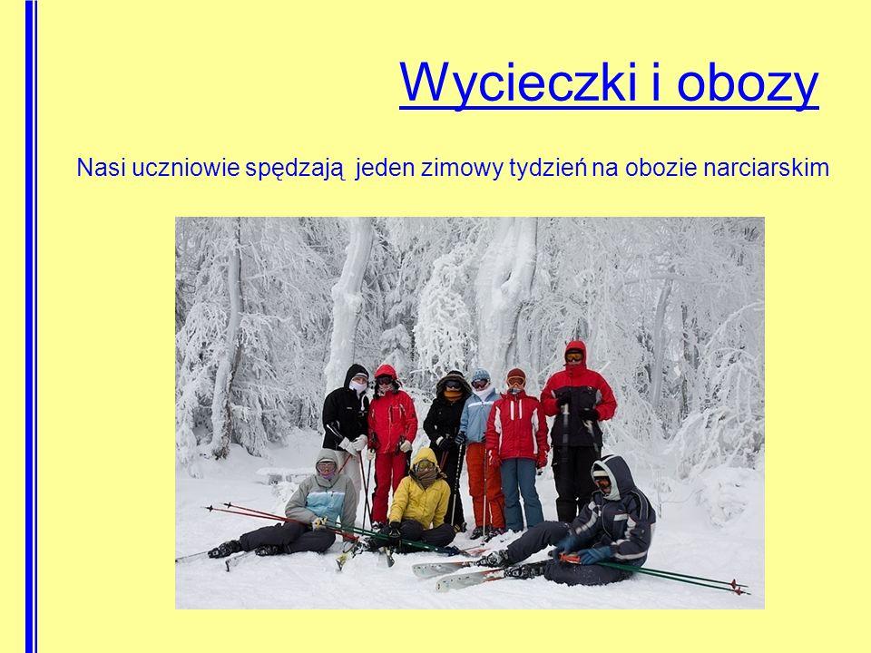 Nasi uczniowie spędzają jeden zimowy tydzień na obozie narciarskim