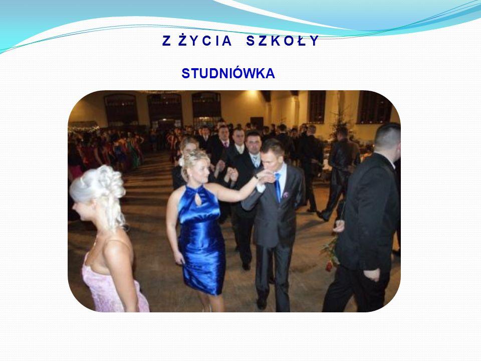Z Ż Y C I A S Z K O Ł Y STUDNIÓWKA