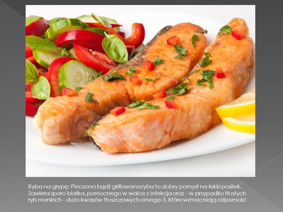 Ryba na grypę: Pieczona bądź grillowana ryba to dobry pomysł na lekki posiłek.