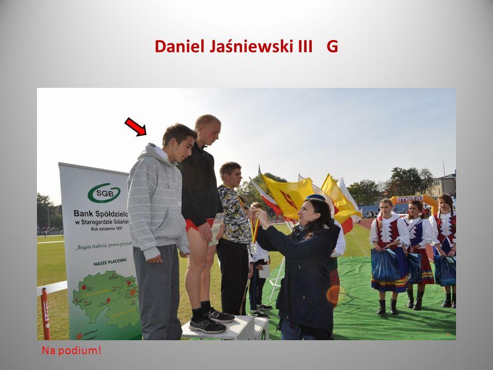 Daniel Jaśniewski III G