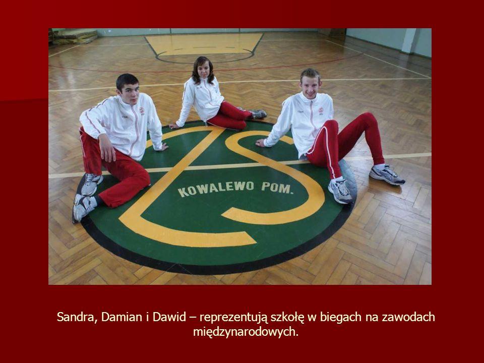 Sandra, Damian i Dawid – reprezentują szkołę w biegach na zawodach międzynarodowych.