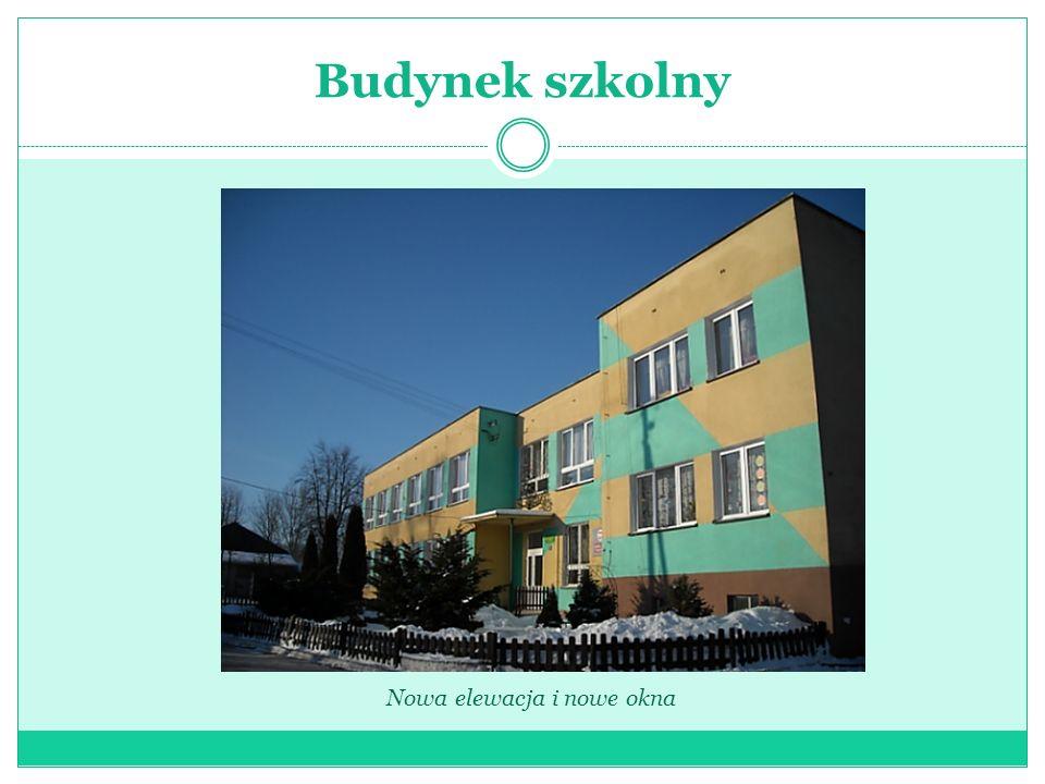 Budynek szkolny Nowa elewacja i nowe okna