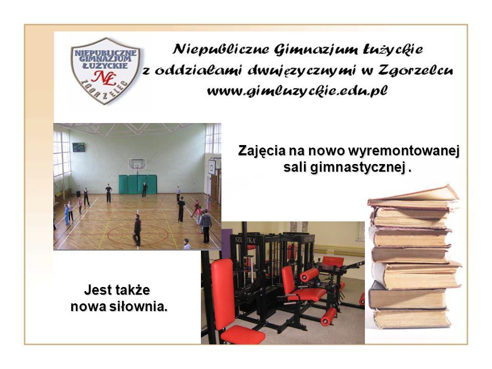 Zajęcia na nowo wyremontowanej sali gimnastycznej .