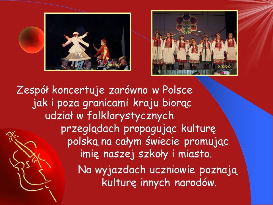 Zespół koncertuje zarówno w Polsce jak i poza granicami kraju biorąc