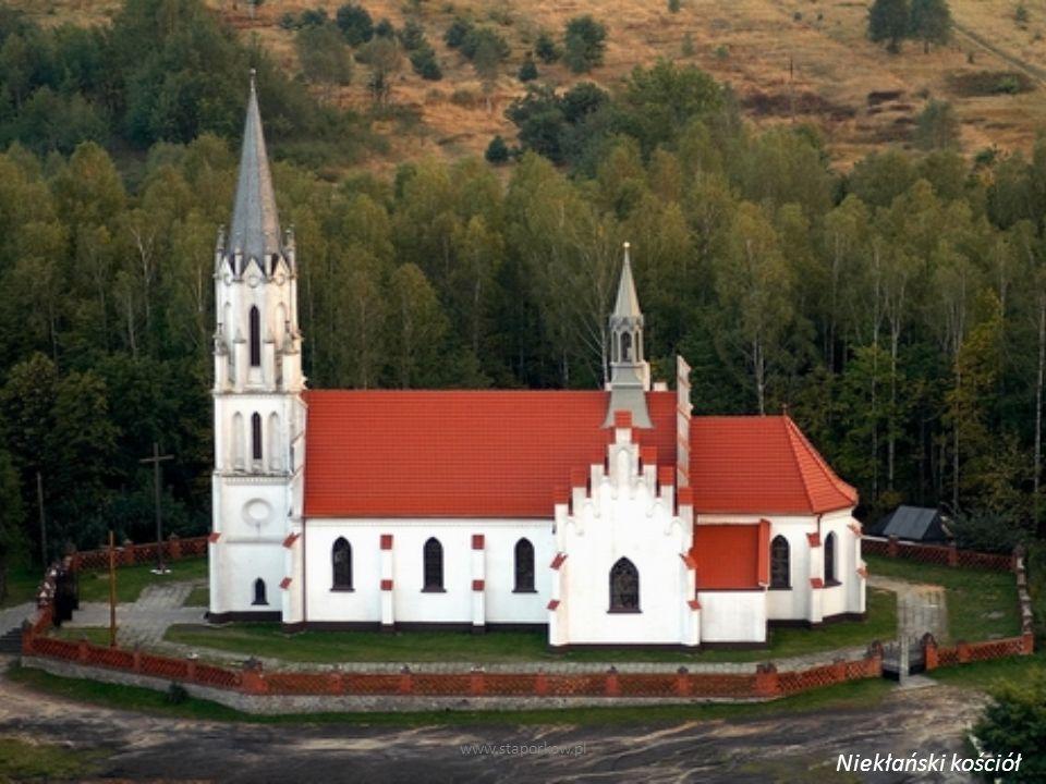 www.staporkow.pl Niekłański kościół