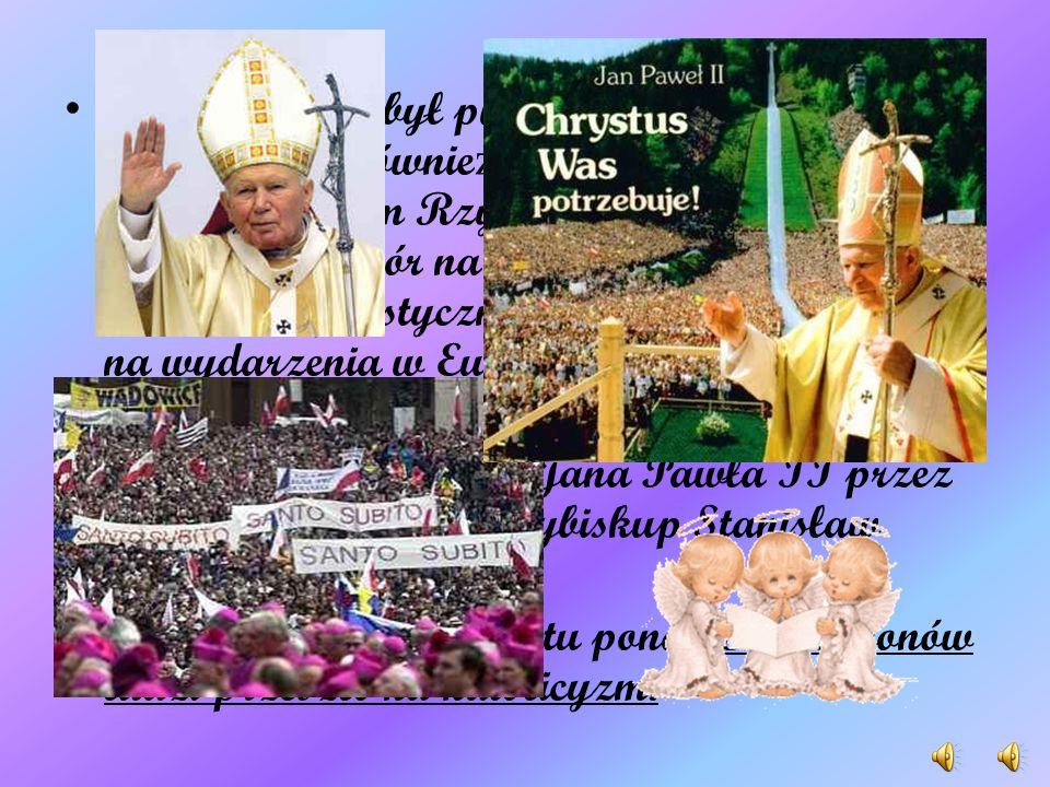 Jan Paweł II był pierwszym papieżem z Polski, jak również pierwszym, po 455 latach biskupem Rzymu, nie będącym Włochem. Wybór na głowę Kościoła osoby z kraju socjalistycznego wpłynął znacząco na wydarzenia w Europie wschodniej i Azji w latach 80. XX w.