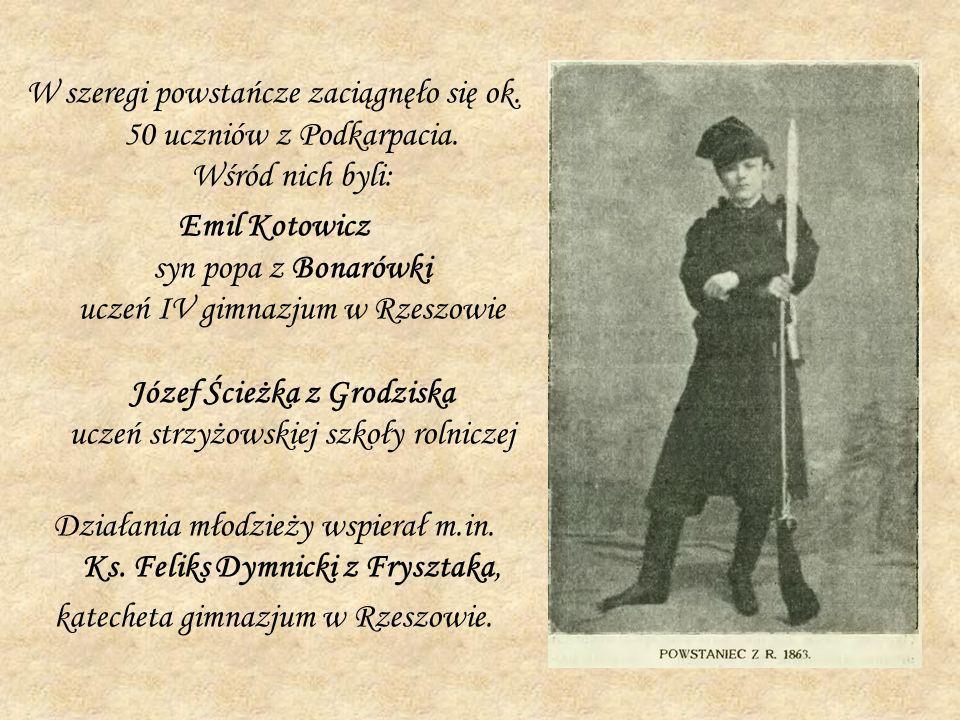 Działania młodzieży wspierał m.in. Ks. Feliks Dymnicki z Frysztaka,