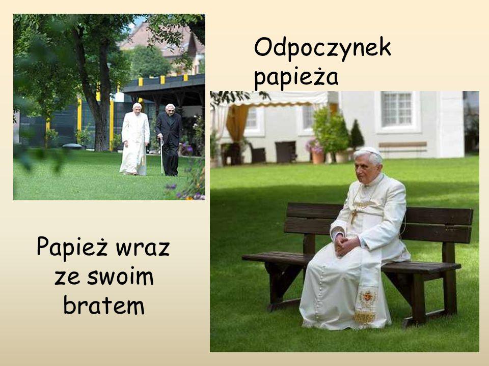 Papież wraz ze swoim bratem