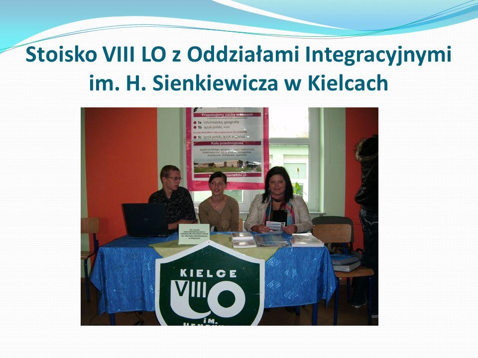 Stoisko VIII LO z Oddziałami Integracyjnymi im. H