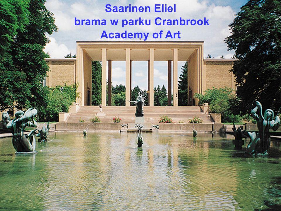 brama w parku Cranbrook Academy of Art