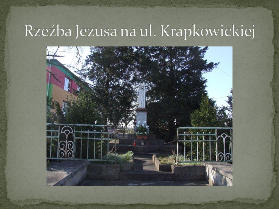 Rzeźba Jezusa na ul. Krapkowickiej