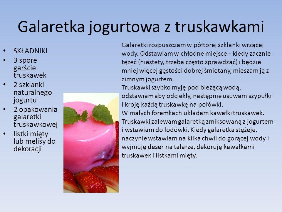 Galaretka jogurtowa z truskawkami