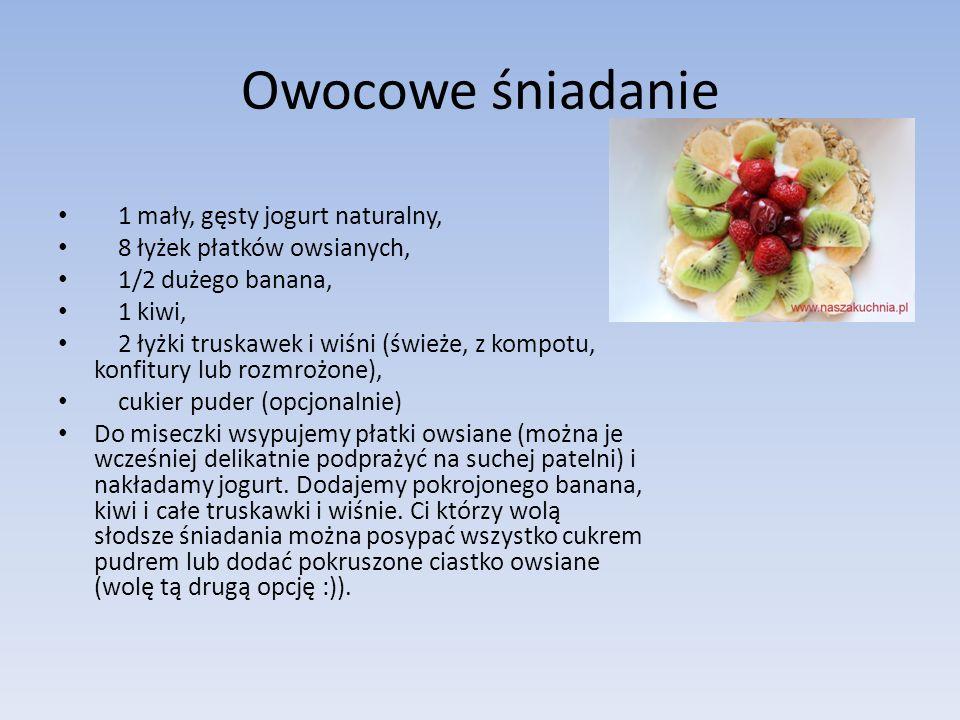 Owocowe śniadanie 1 mały, gęsty jogurt naturalny,