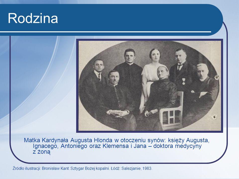 Rodzina Matka Kardynała Augusta Hlonda w otoczeniu synów: księży Augusta, Ignacego, Antoniego oraz Klemensa i Jana – doktora medycyny z żoną.